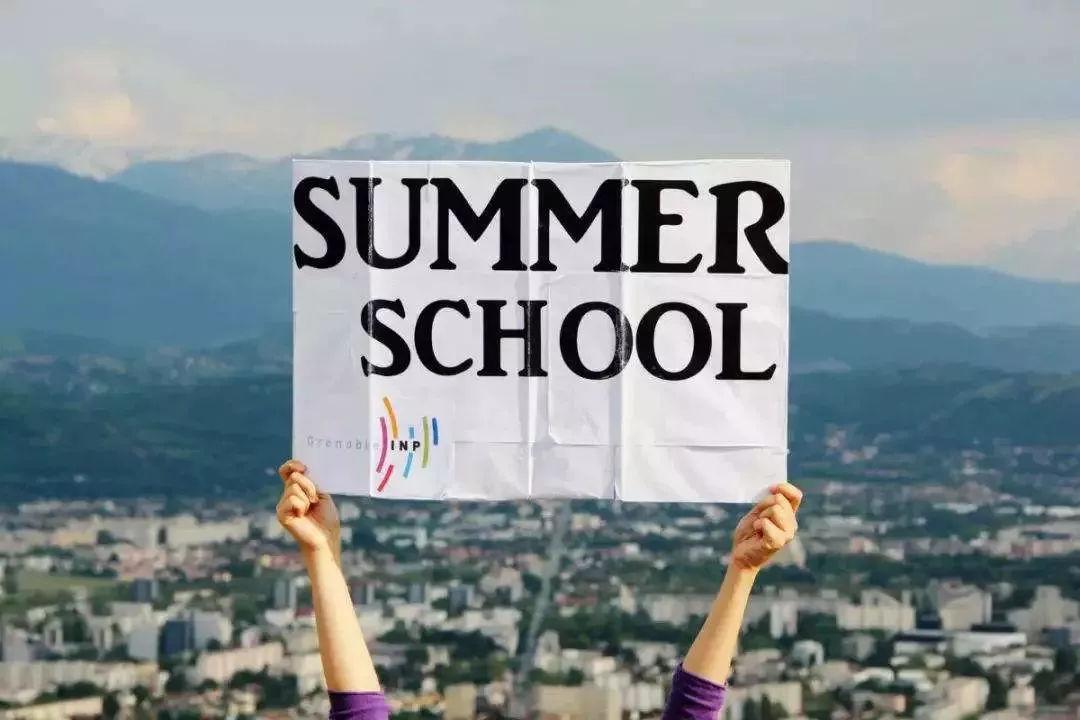 学分不够,夏校来凑,加拿大学分夏校来国内啦