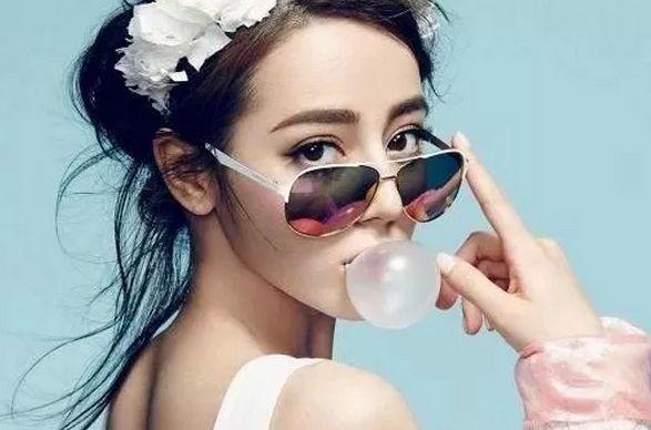 娱乐圈又一新疆美女火了看到她之后网友:连迪丽热巴都忘了