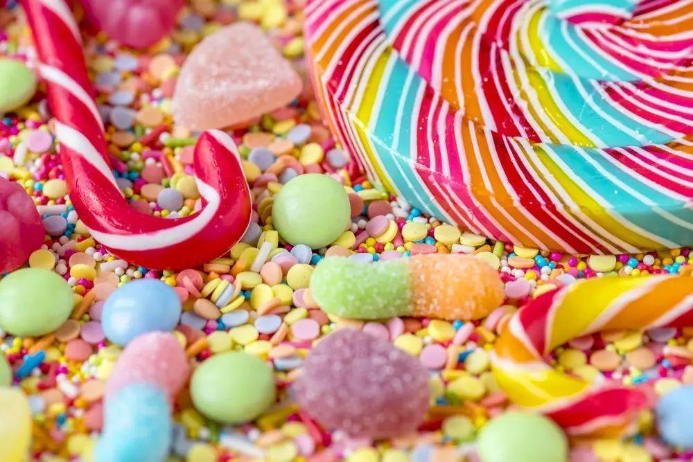一口糖从上到下毁全身!实在忍不住想吃,你得了解这些内容!