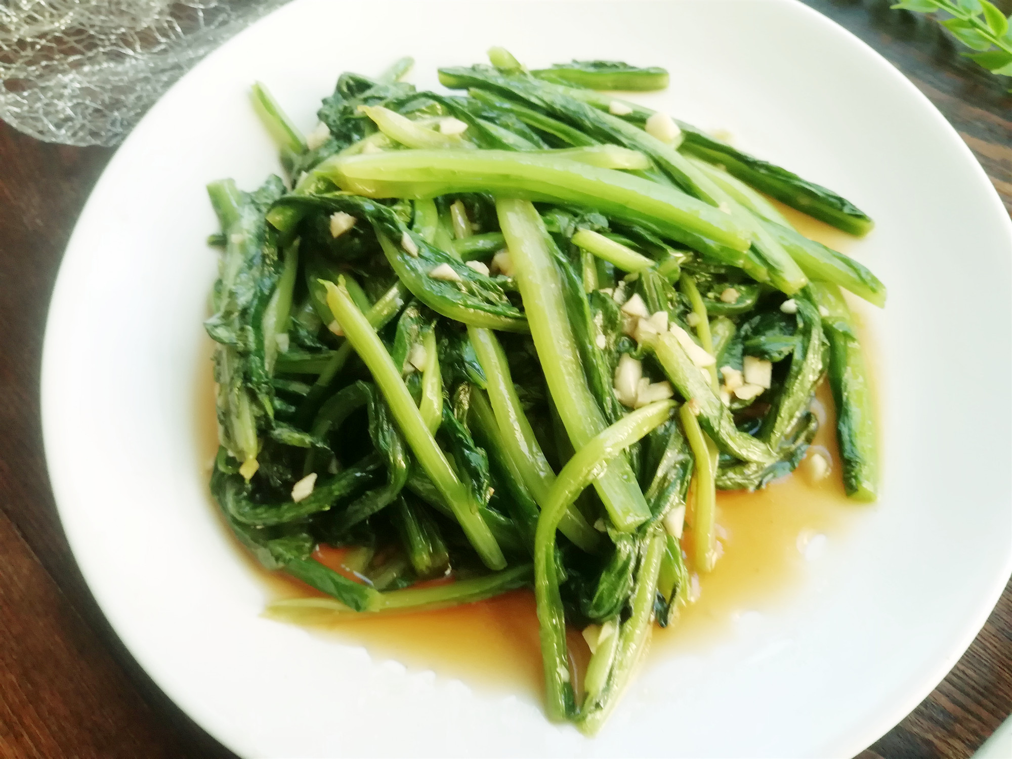 春季容易上火,这个菜特别适合吃,清淡脆嫩,清香润肺(图2)