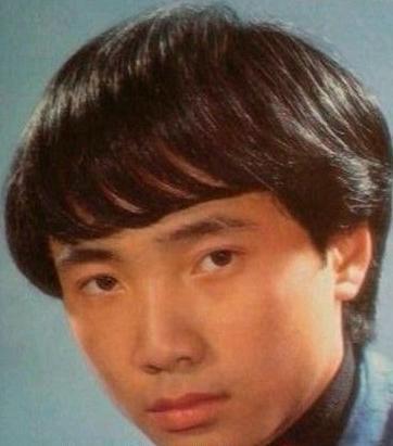 吴孟达年轻时候照片_当年那些明星年轻照,哪时候真的美,现岁月不饶人啊_样子