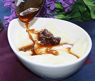 教你做地方小吃豆腐脑的正宗做法, 口感简直一模一样, 好吃停不了