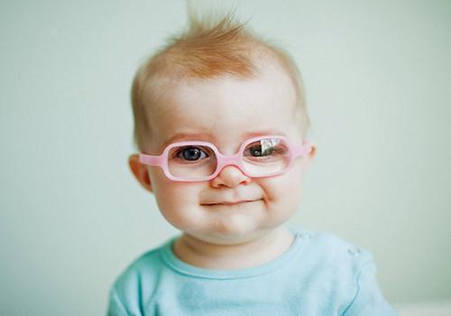 保護寶寶的眼睛,越早行動越好,你家寶寶的眼睛有這些症狀嗎