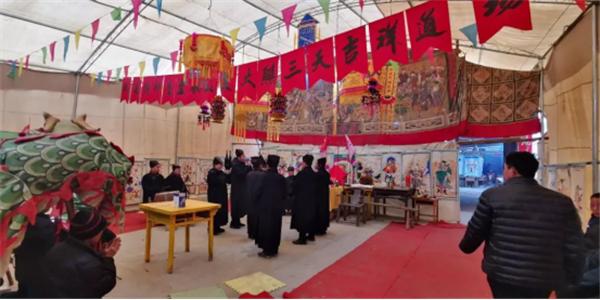 河北省巨鹿�h王虎寨村�e�k多�龌��c祝元宵佳�― 盛世中��年,打醮�[新春