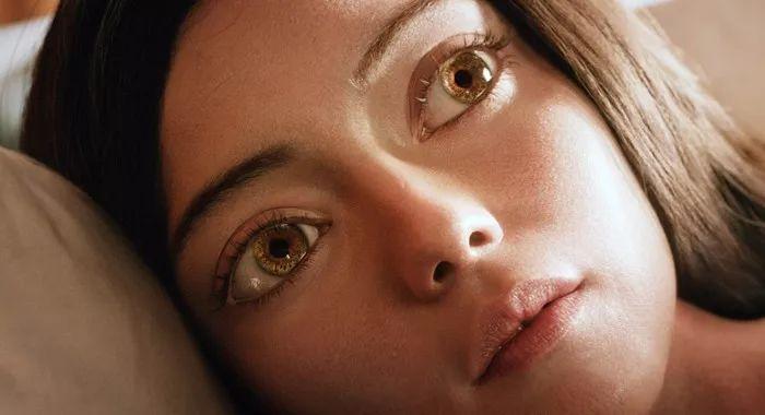 为何这张等了20年的《阿丽塔:战斗天使》海报设计不尽图片