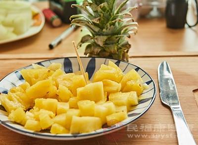 凤梨和菠萝的区别 这样辨别更准确 网络快讯 第3张