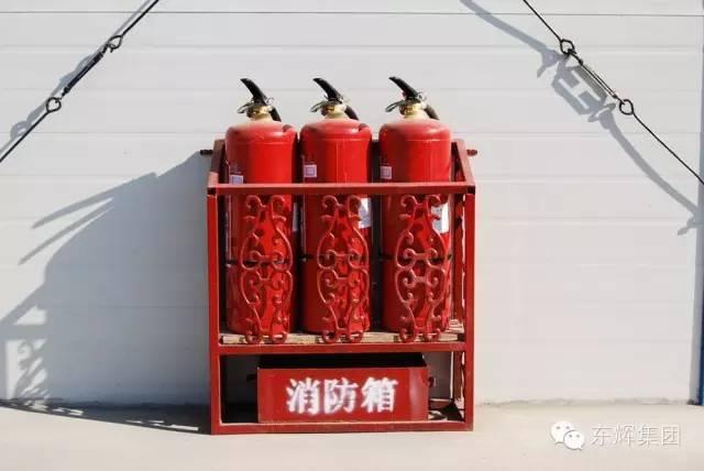灭火器   沉淀池   雨水收集箱   雨水收集系统   临时用电   消防设施   灭火器   消防水带   消防工具   消防水箱