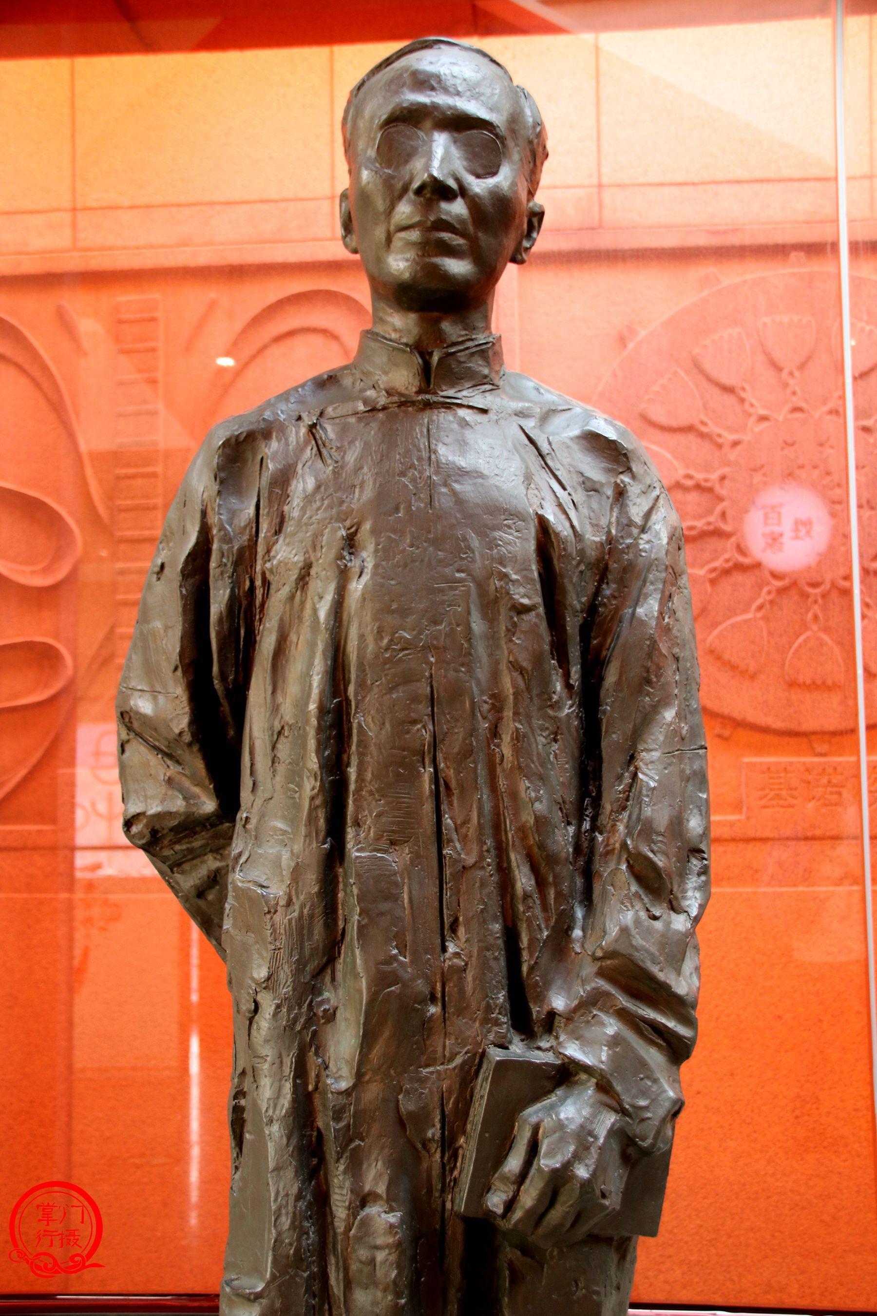 【环艺新闻】华中第一鼎的锻铜雕塑经典亮相_湖北省... _新浪博客