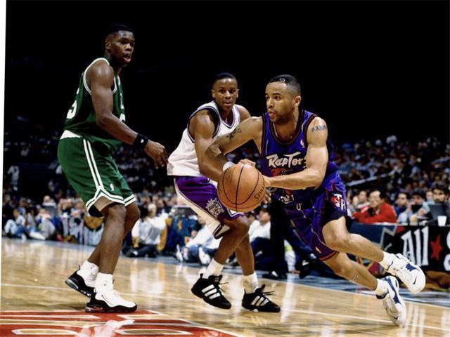 NBA历史五大矮个球星:小刺客成就最强逆袭神话,小虫堪称奇迹