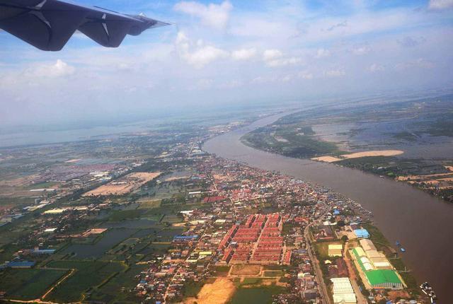 柬埔寨经济总量落后_柬埔寨经济图