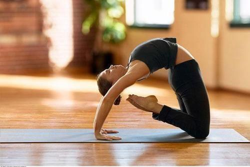 运动减肥防止皮肤松弛图片