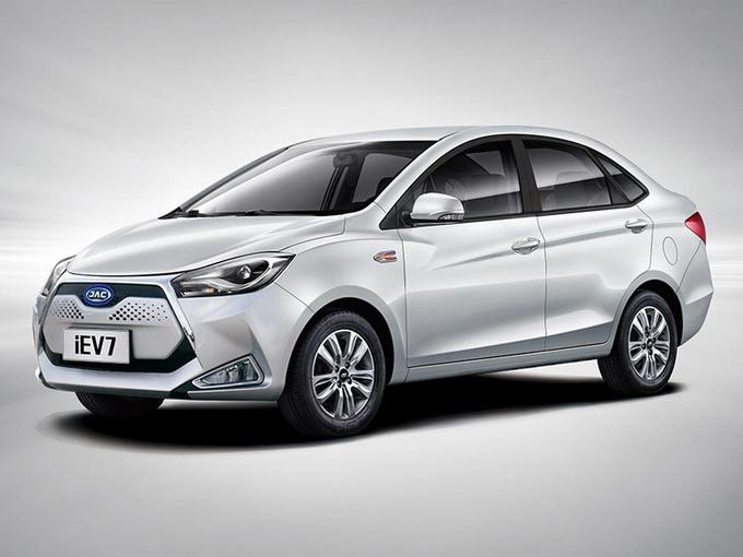 江淮新推出的纯电车销量为89,500轴距,电池续航时间延长52%