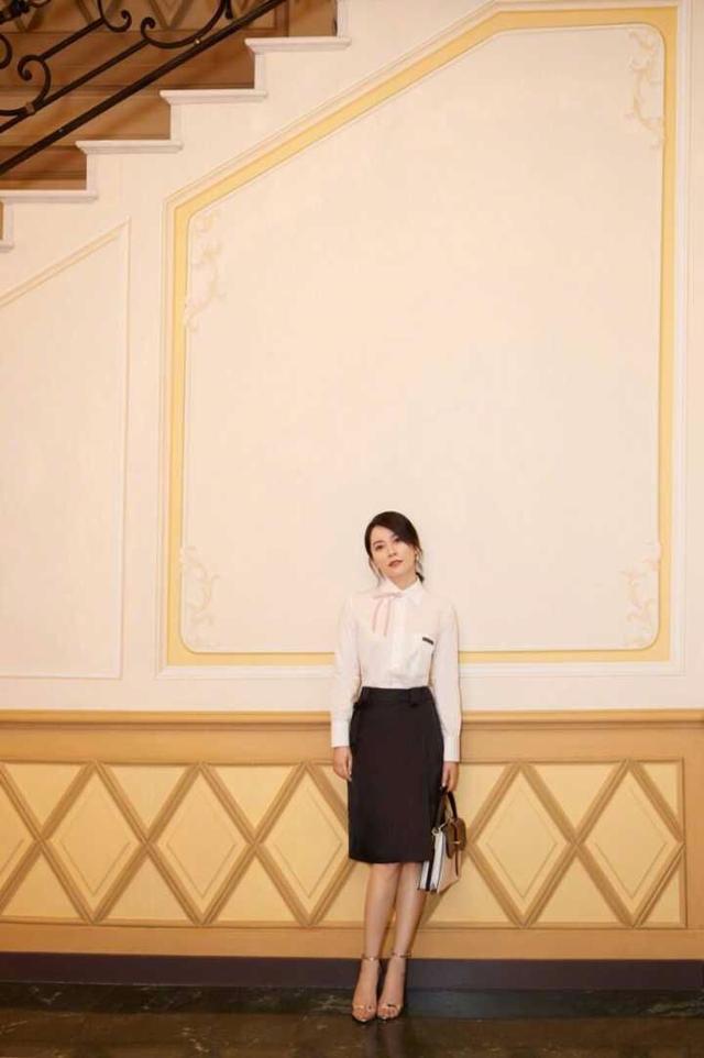 40多岁该怎么穿?看48岁俞飞鸿的示范,成熟优雅又女人味十足!