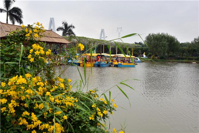 三月,与你相约到罗南生态园看水乡旗袍秀,领略油纸三月天之美