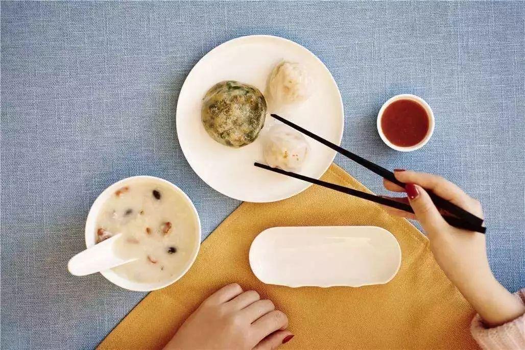 【健康】吃饭、排便非小事 踩对节奏才是健康关键!