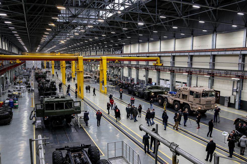 带你近距离走进白俄罗斯明斯克汽车制造厂