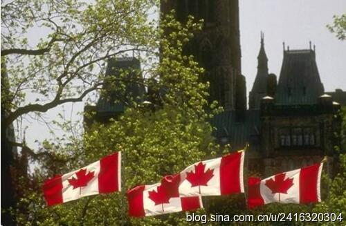 魁北克请求禁止取消1.8万移民申请