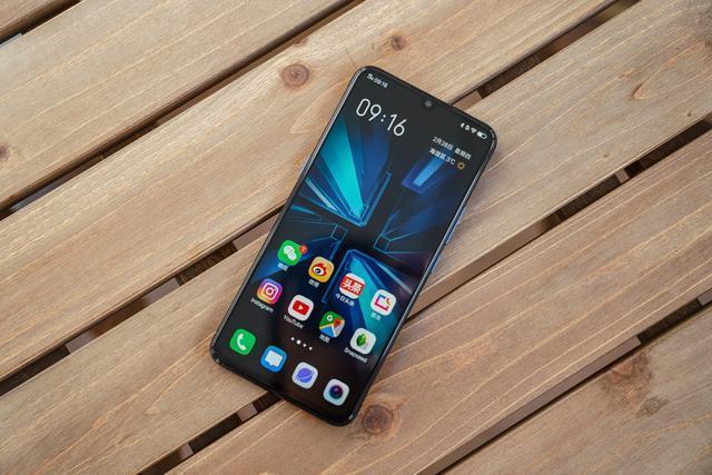 2019年性价比手机有哪些?游戏实测iQOO,告诉你什么叫顶尖旗舰!
