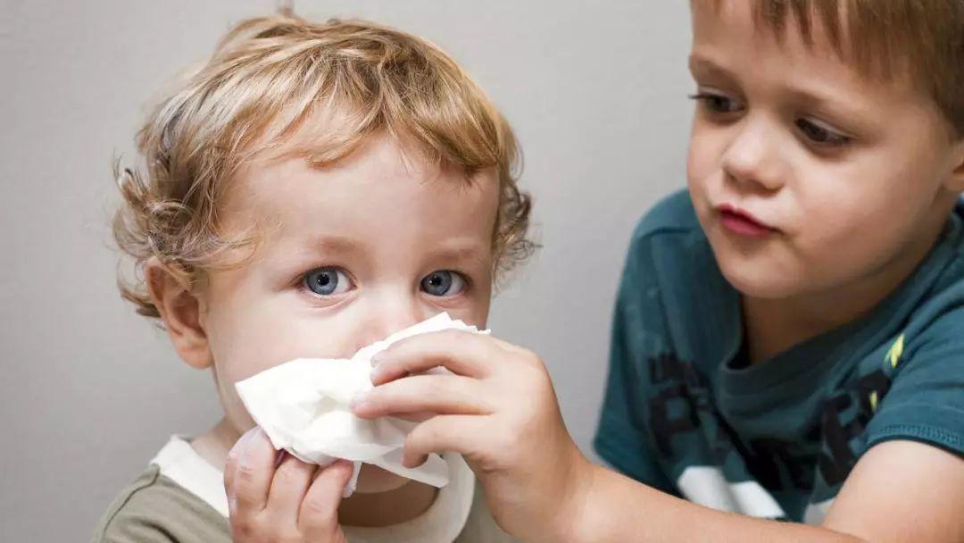 宝宝咳嗽有哪些东西不能吃?吃什么好得快?_孩