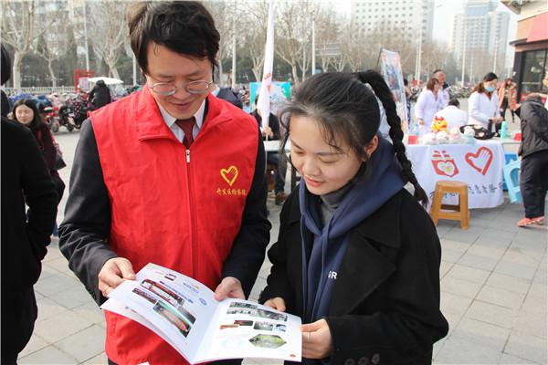淮安開發區檢察院青年檢察官志愿服務隊在行動