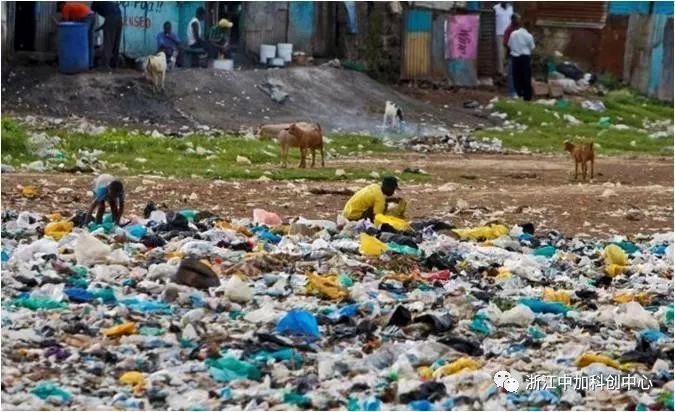 废胶带一年绕地球六百圈,此款100%全降解塑料太及时了!