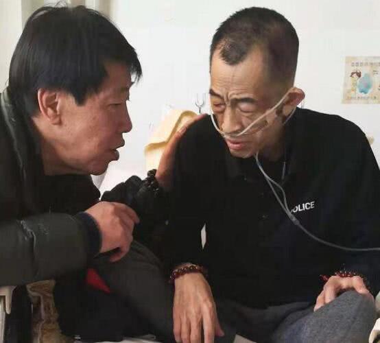 李連傑二哥因病去世,生前拒絕弟弟幫助,在大雜院里居住多年