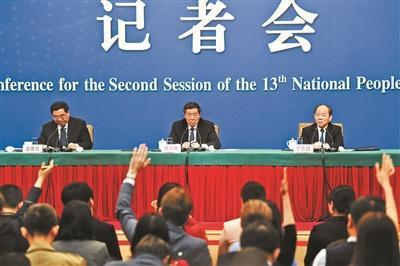宁吉喆:去年消费增长对经济增长贡献达76.2%
