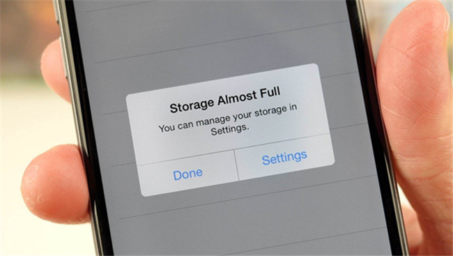 手机内存严重不足?关闭微信这个功能16G的iPhone 6S也不用怕了