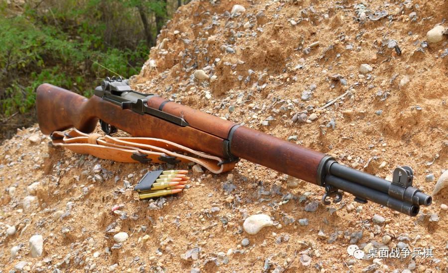 加德兰步枪图片_栓动步枪和半自动武器的差距究竟有多大? 拿着98K也没有办法_火力