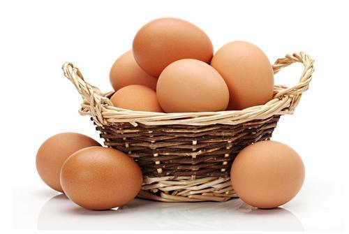 一男子吃鸡蛋吃出肾衰!鸡蛋不能食用过量,吃鸡蛋不能超这个数