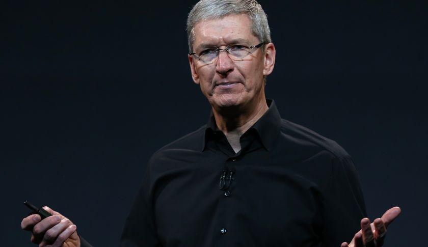 iPhone再次降价,库克的苹果帝国真的要坍塌了吗?