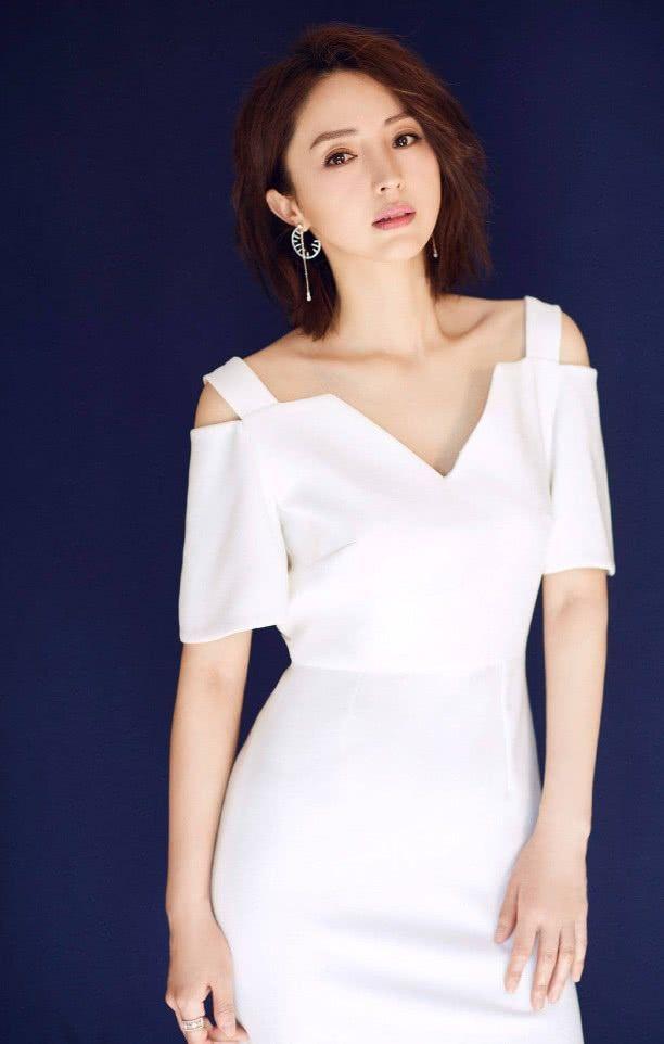 董璇也太美了,36歲衣品還這么好,高云翔真得好好珍惜!