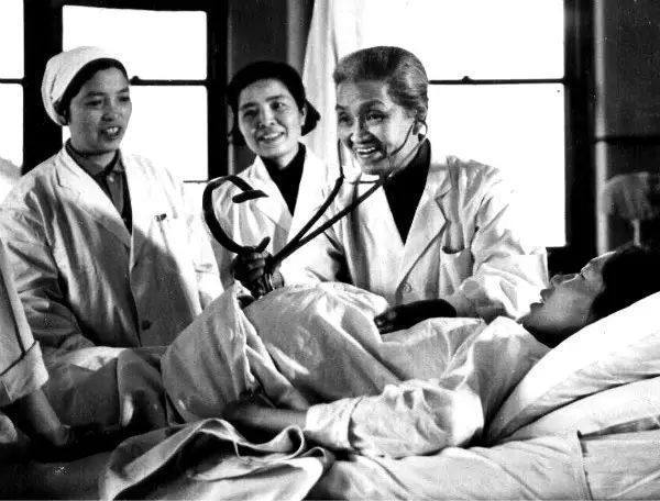 女神节特刊 | 请记住她们的名字,这才是中国真正的女神_屠呦呦 趣味历史 第6张