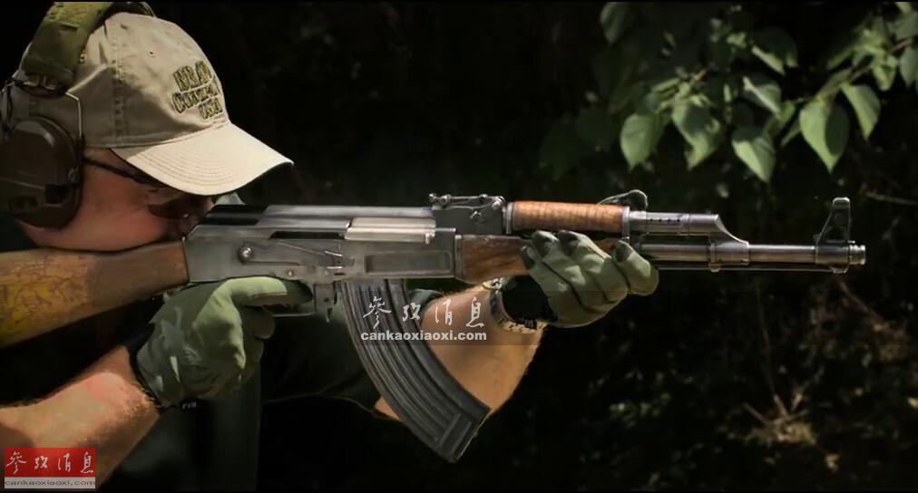 俄军企研发新型12.7毫米燃烧弹 可引燃柴油车辆