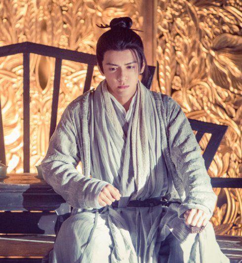 扒扒新版《倚天》里的高颜值男配角,演杨逍的他曾跟胡歌齐名