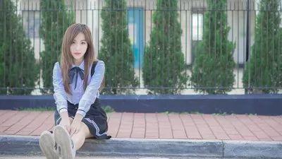 跟女生聊天时总是秒回,会让你失去自身的价值! chunji.cn