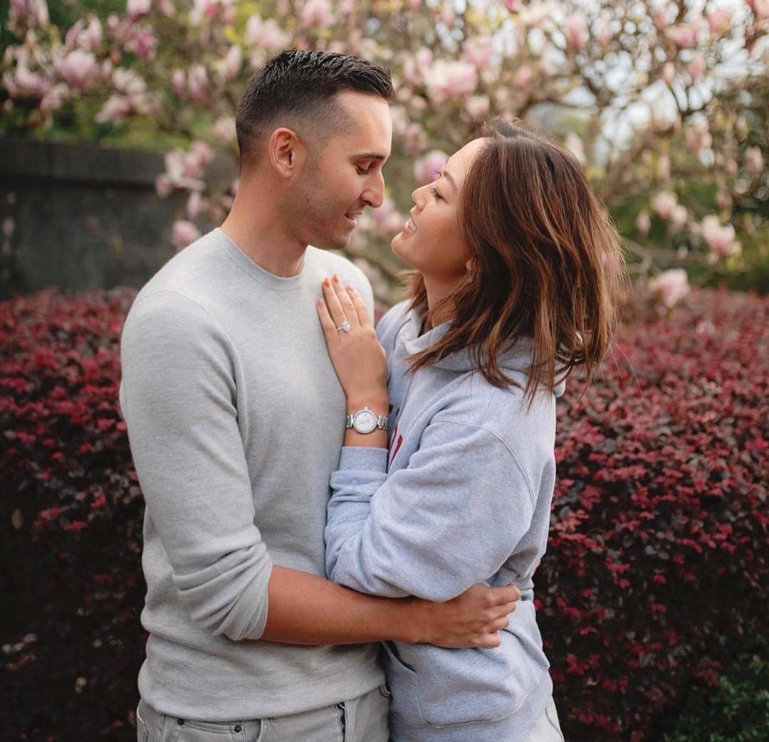 赛场失意情场得意 魏圣美社交媒体宣布男友求婚成功 _比赛 体育新闻 第3张