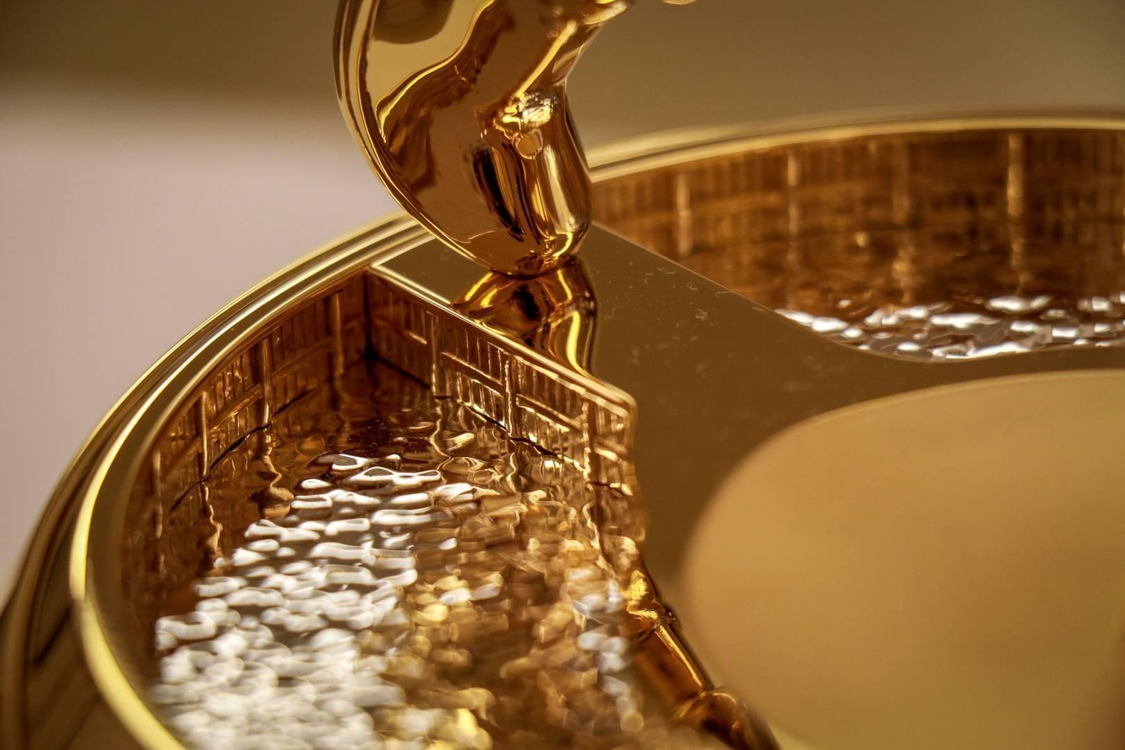 全新奖杯亮相球员锦标赛 46年历史呈现第四座冠军奖杯