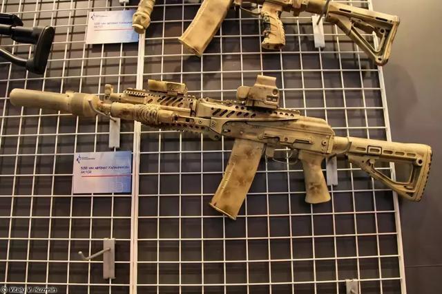 印度进口74万支最新AK203步*枪!实在忍不了国产枪了?_系列 军事在线 第4张