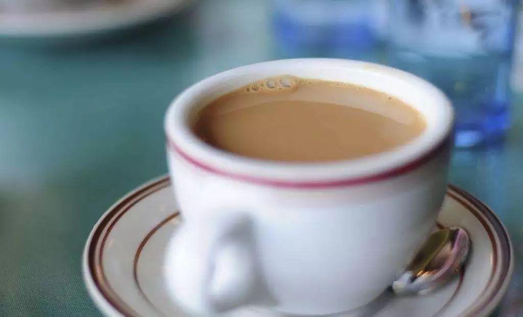 喜欢奶茶不如自己做!口感好更健康