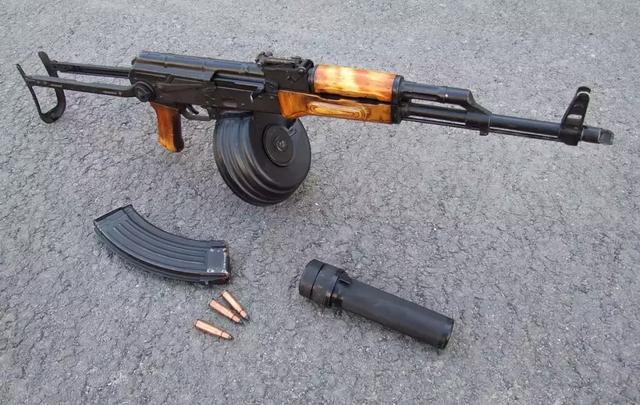 印度进口74万支最新AK203步*枪!实在忍不了国产枪了?_系列 军事在线 第6张