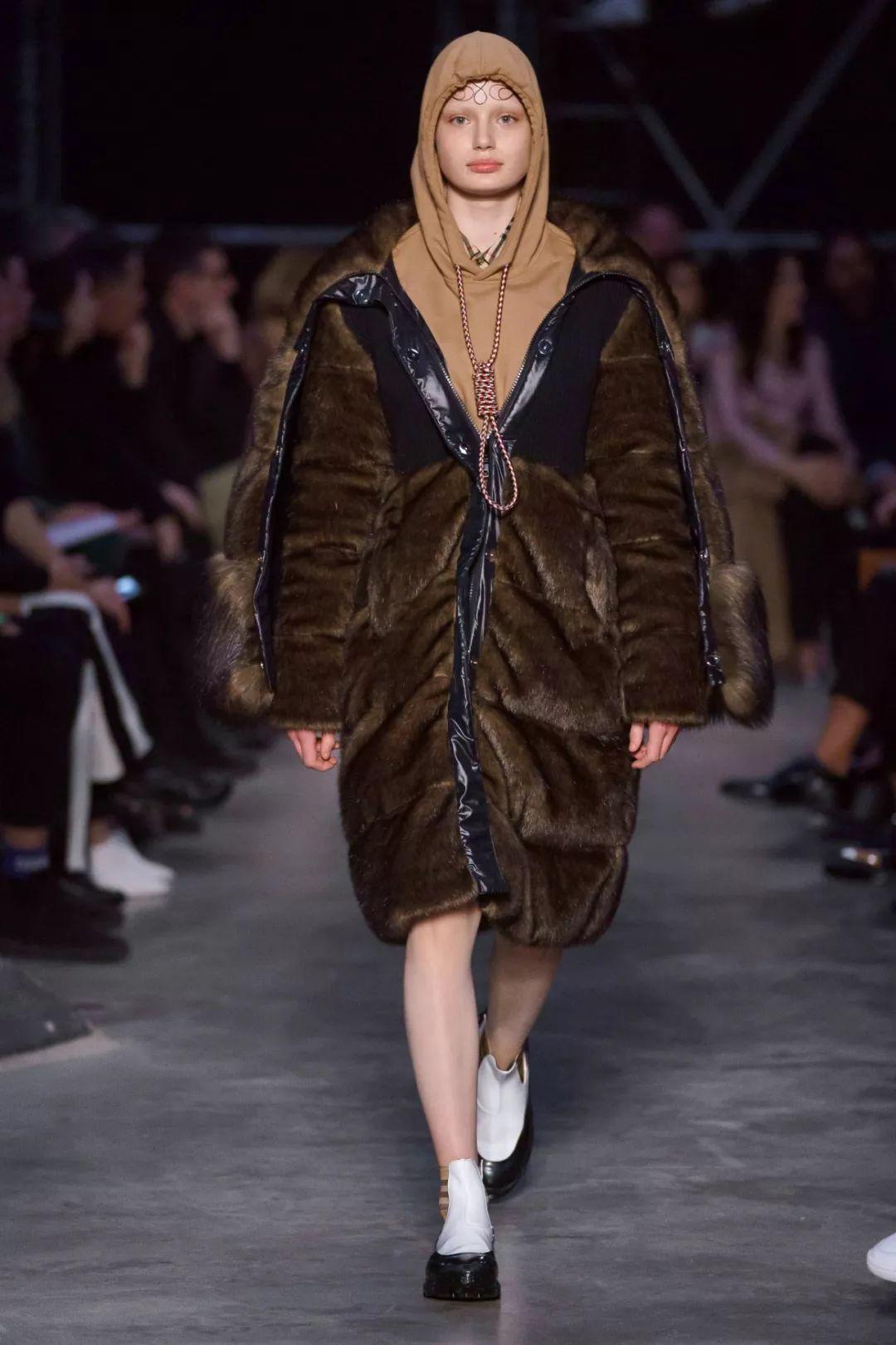 Burberry,时尚圈的地才! imeee.net