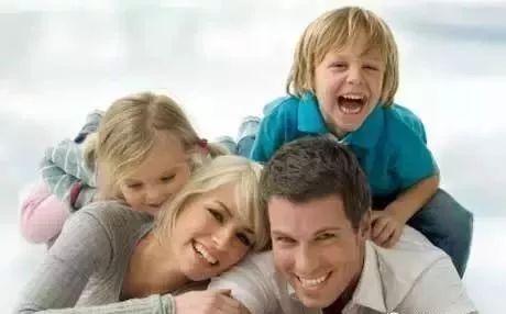 有二胎後, 父母最傷寶寶的6句話!_孩子