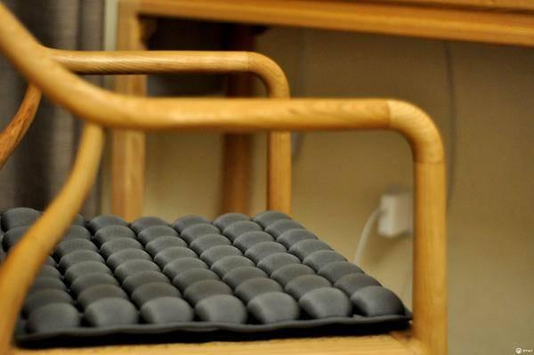 带你体验吸毒的感觉_带给久坐的你不一样的体验, INNERNEED 3D 气囊坐垫使用随感_工作