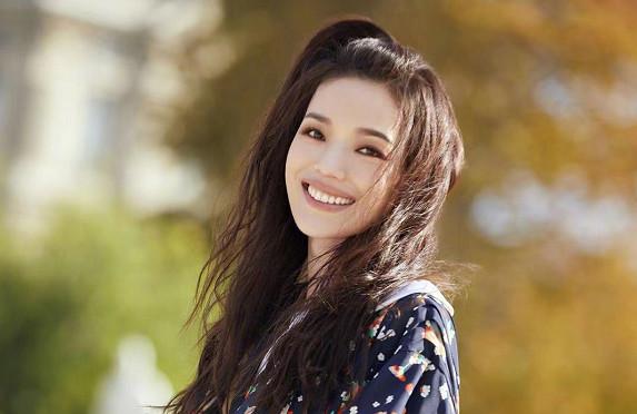 舒淇袁咏仪怼粉上热搜,但明星确实不喜欢网红滤镜啊