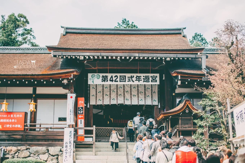 这才是真烧钱!每20年必推到重建一次的神社,重建花费竟高过北京鸟巢