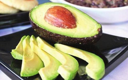 春季减肥黄金期到来 少吃这些高热量水果 没有降不下来的体重