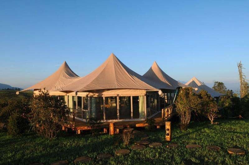 草原上逼格最高的帐篷酒店