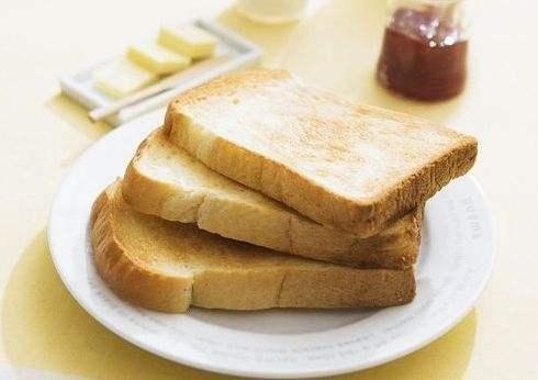 烤焦的面包含致癌物丙烯酰胺?用实验数据告诉你,到底会不会致癌
