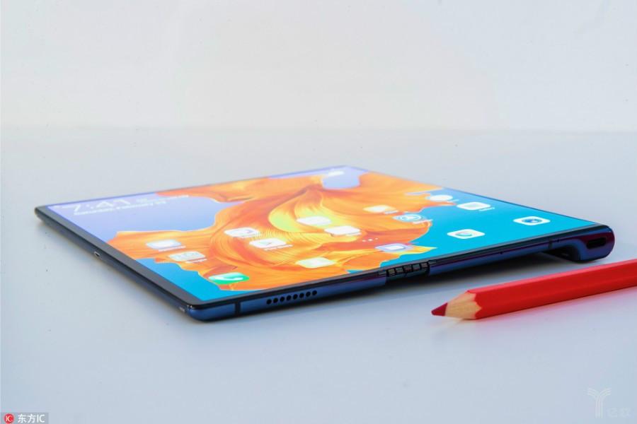 折叠屏风雨江湖:手机市场的强心剂还是长生果?